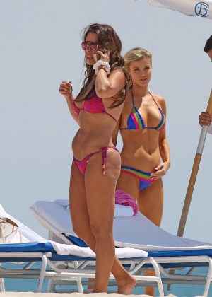 Joanna Krupa in bikini in Miami-07