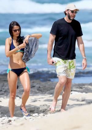 Jordana Brewster in bikini -01