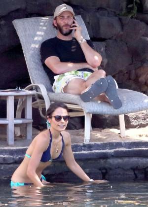 Jordana Brewster in bikini -12