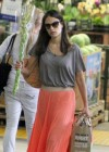 jordana-brewster-shopping-candids-at-whole-foods-01
