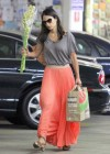 jordana-brewster-shopping-candids-at-whole-foods-04