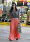 jordana-brewster-shopping-candids-at-whole-foods-08
