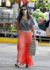 jordana-brewster-shopping-candids-at-whole-foods-11