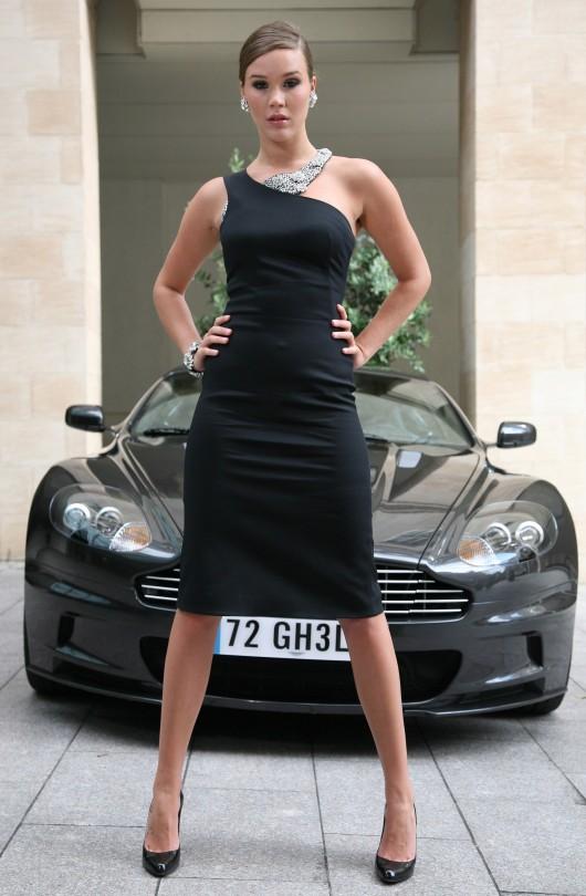 Joss Stone – Bond girl – 007 video game photoshoot