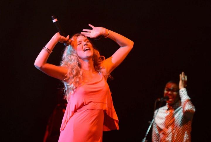 Joss Stone: Performing in Johannesburg -04