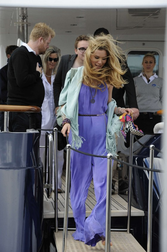 Joss Stone - Seen boarding a Yacht in the Cannes -01