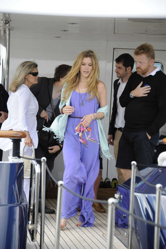 Joss Stone - Seen boarding a Yacht in the Cannes -02