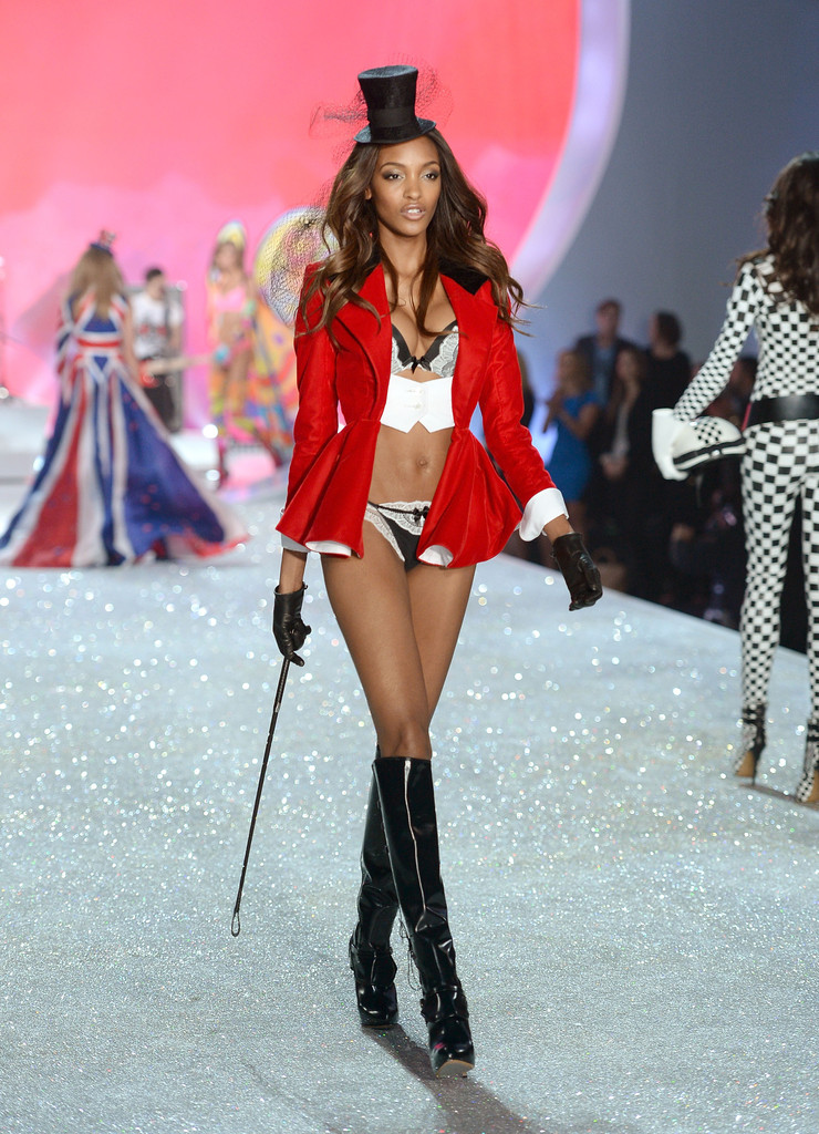 Jourdan Dunn 2013 Victoria 39 S Secret Fashion Show Runway