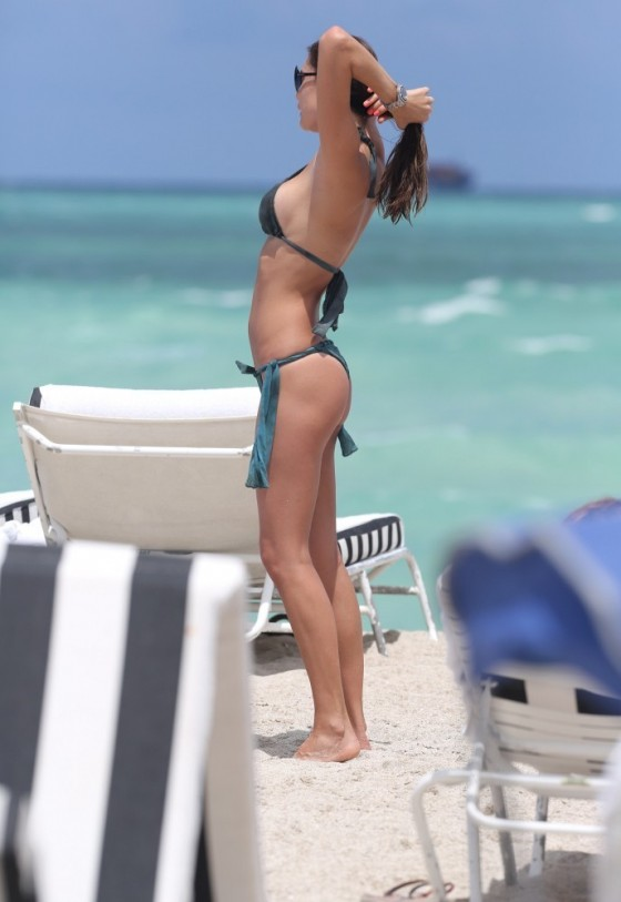 Julia Pereira – wearing a bikini in Miami -04