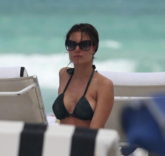Julia Pereira – wearing a bikini in Miami -12