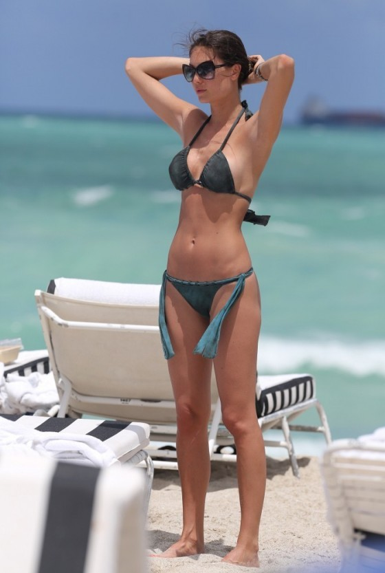 Julia Pereira – wearing a bikini in Miami -20