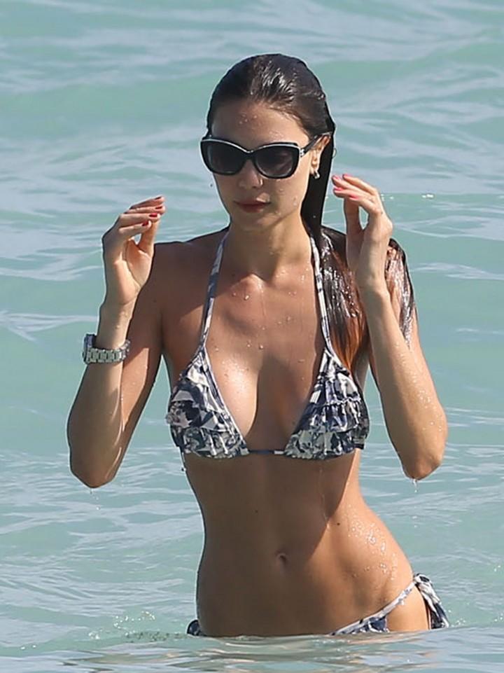Julia Pereira - Wearing Bikini In Miami-02