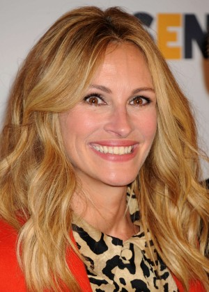 Julia Roberts - 10th Annual GLSEN Respect Awards in Beverly Hills