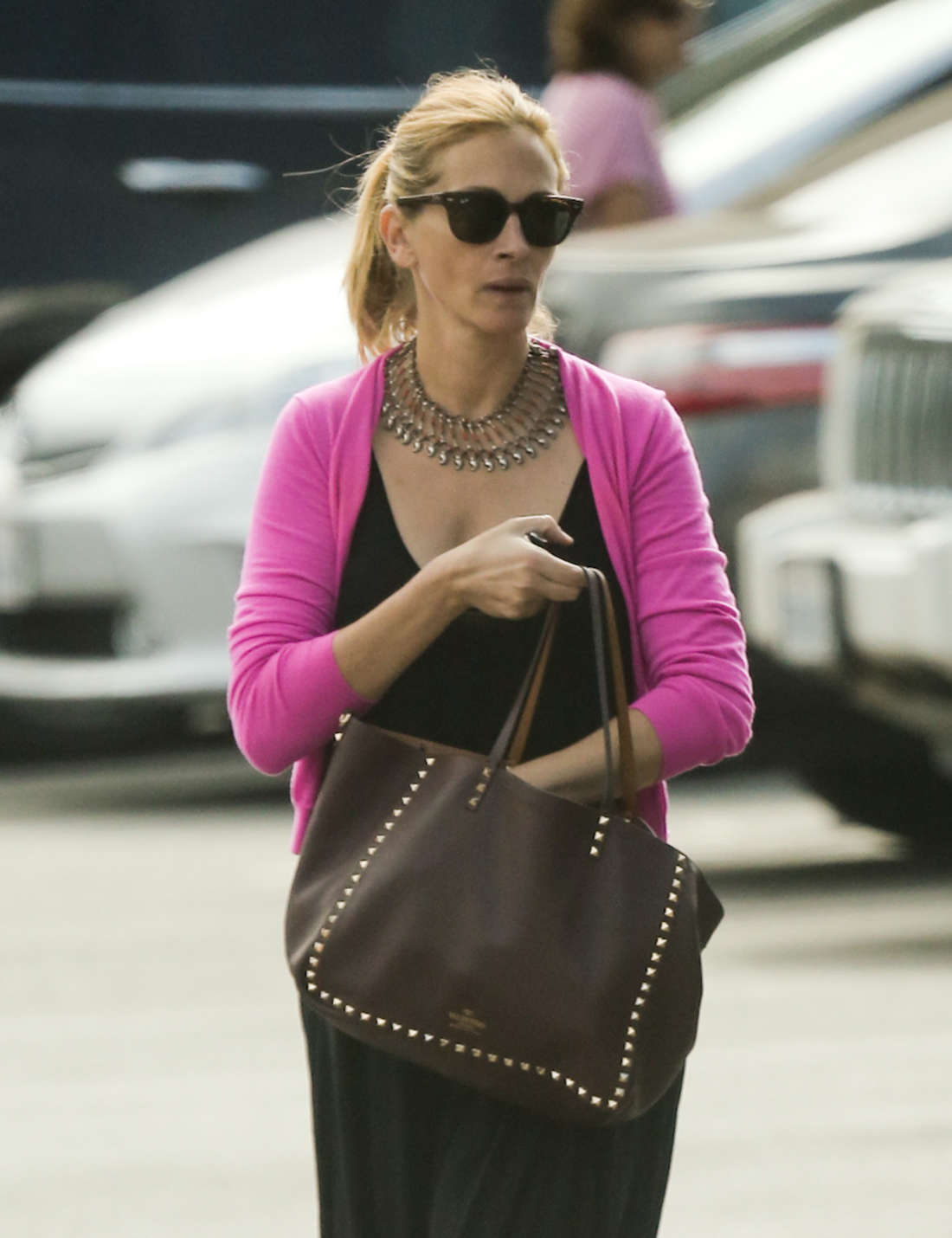 Julia Roberts 2014 : Julia Roberts Out in Los Angeles -01