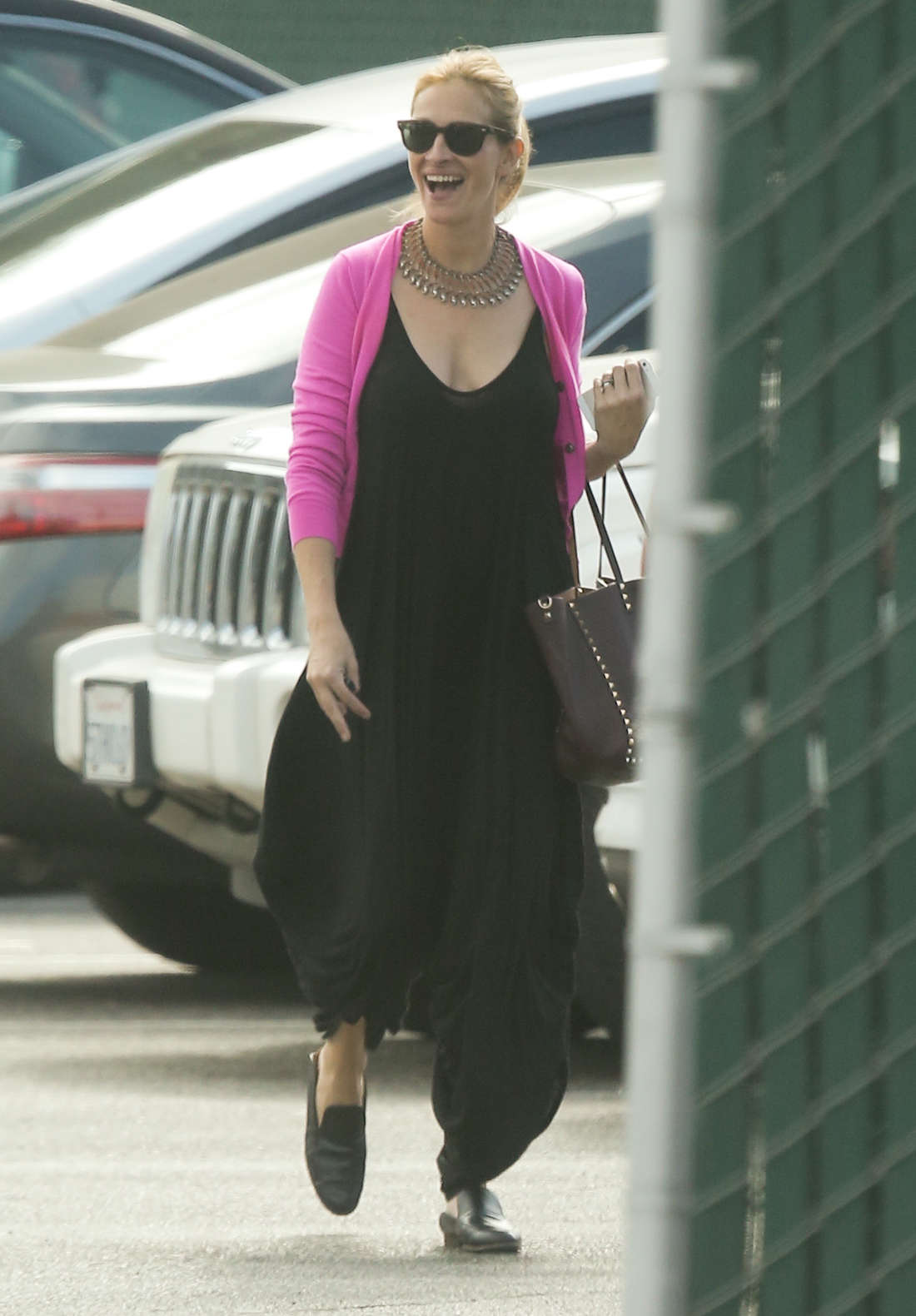 Julia Roberts Out in Los Angeles -07
