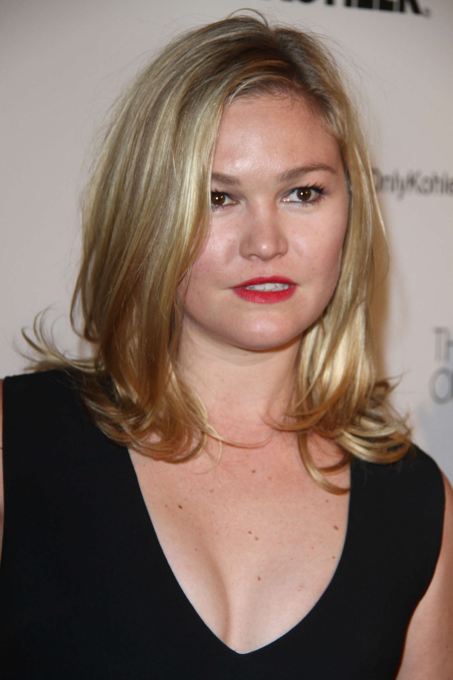 Julia Stiles 2014 : Julia Stiles 2014 ADG Excellence in Production Design Awards -02