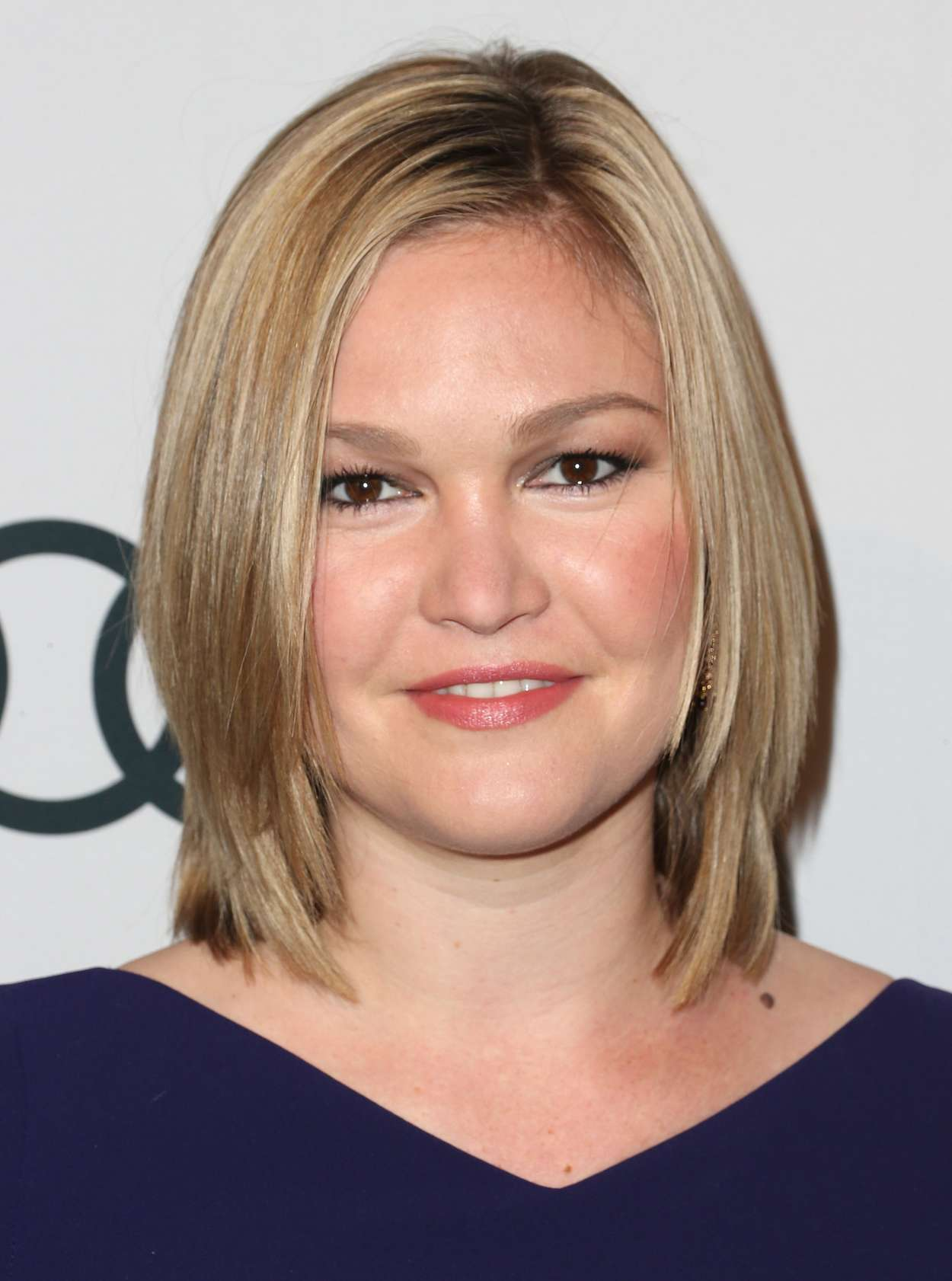 Shoulder Length Hairstyles Night Out : Julia stiles hollywood reporter nominees night