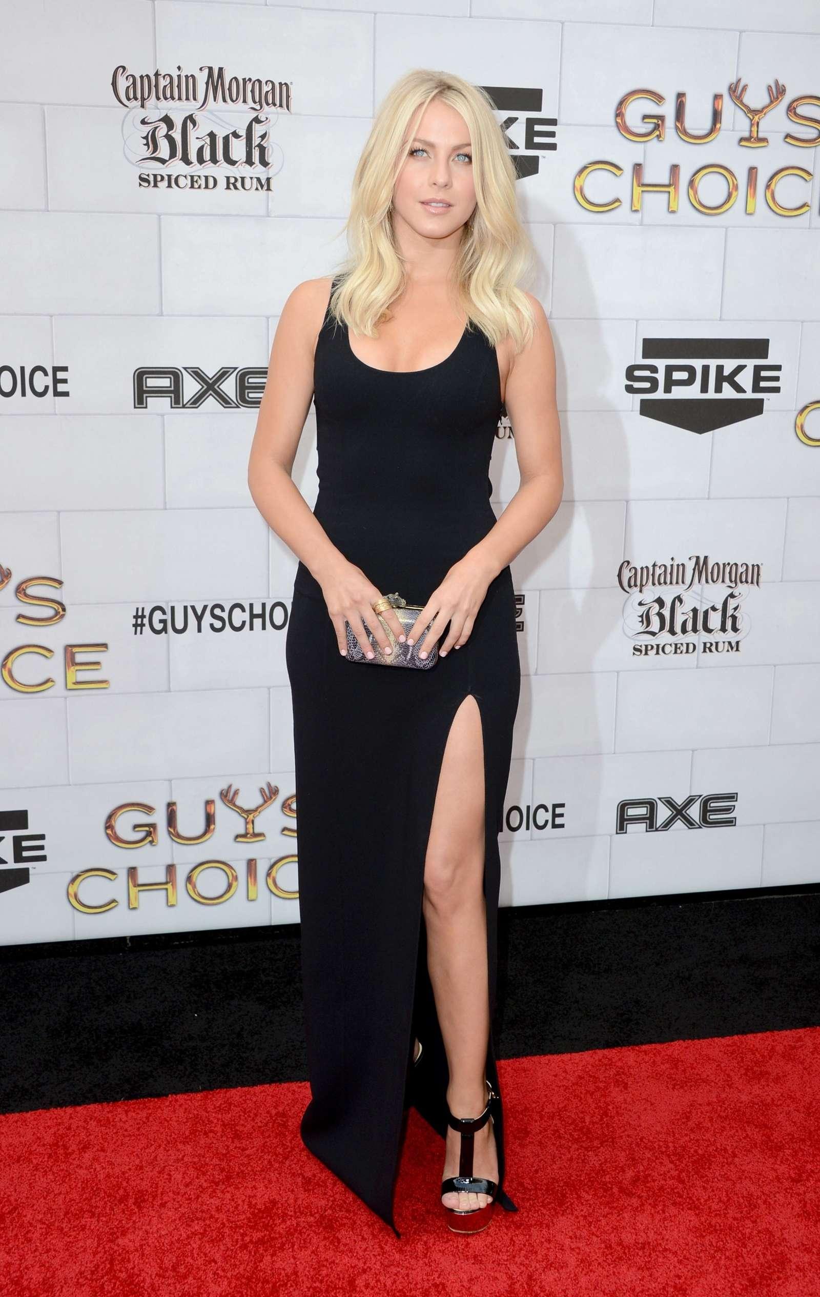 Julianne Hough Hot In Dress At 2012 Spike Guys Choice