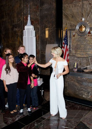 Julianne Hough at Empire State Building -11