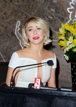 Julianne Hough at Empire State Building -13