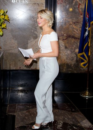 Julianne Hough at Empire State Building -17