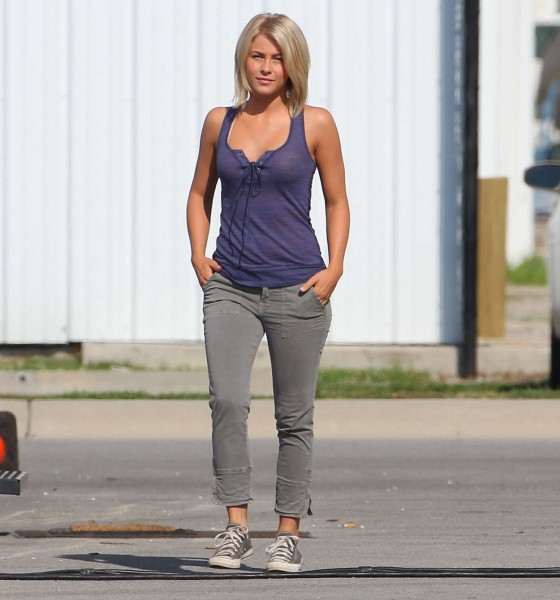 Julianne Hough - on the set of Safe Haven-06 - GotCeleb