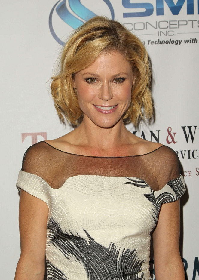 Julie Bowen - 9th Annual Denim & Diamonds for Autism in Westlake Village, CA