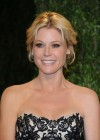 Julie Bowen - Oscar 2013 - Vanity Fair Party-07