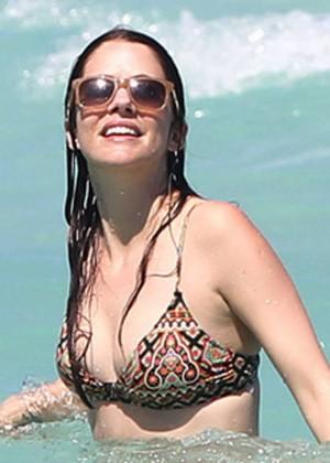 Julie Gonzalo Bikini In Miami-04