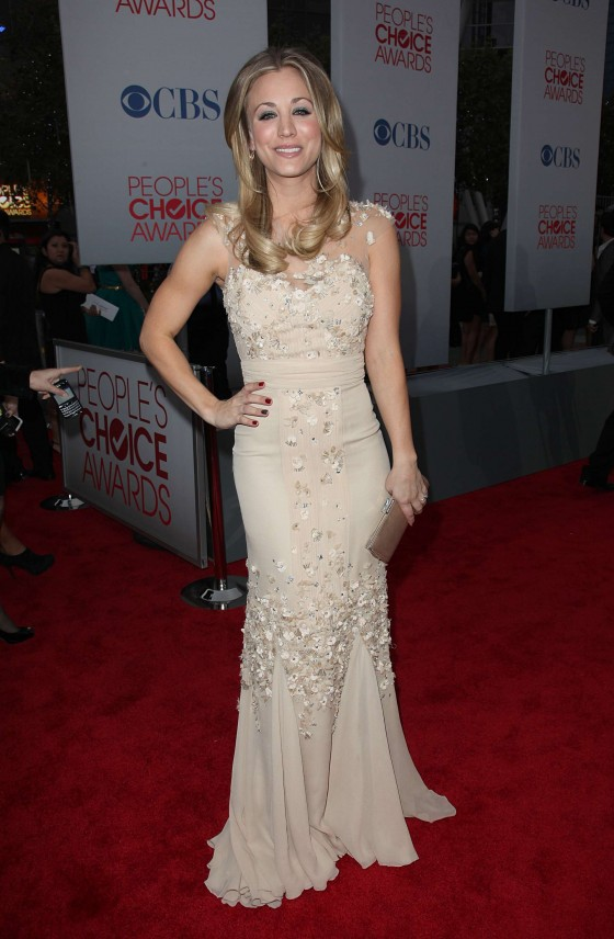 Kaley Cuoco –  Sexy at 2012 Peoples Choice Awards-05