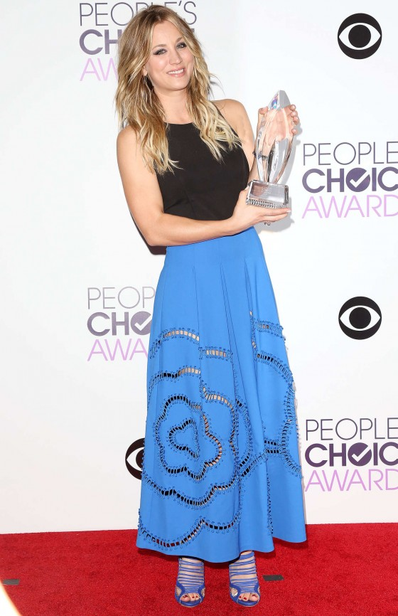 Kaley Cuoco Photos: 2014 PCA Peoples Choice Awards -08