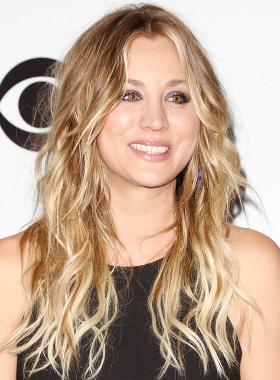 Kaley Cuoco Photos: 2014 PCA Peoples Choice Awards -19