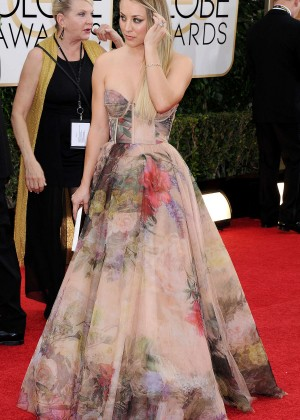 Kaley Cuoco: Golden Globe 2014 Awards -08