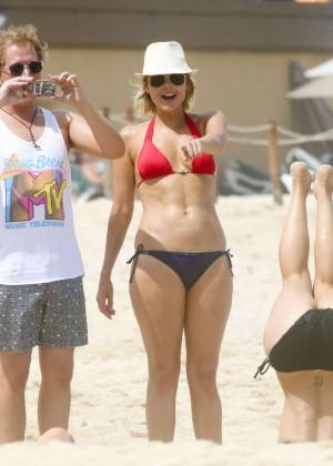 Kaley Cuoco in bikini 2014 -27