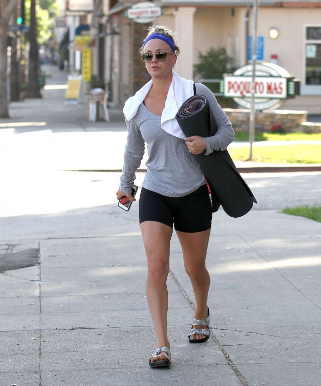Kaley Cuoco in Tiny Shorts -12