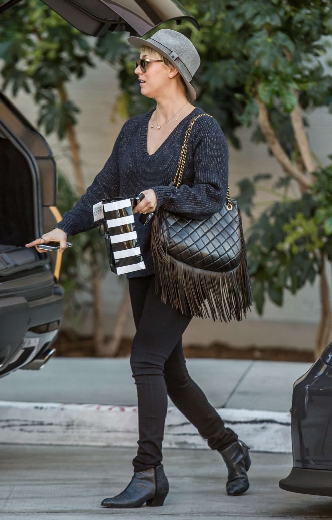Kaley Cuoco in Tight Jeans Out in LA
