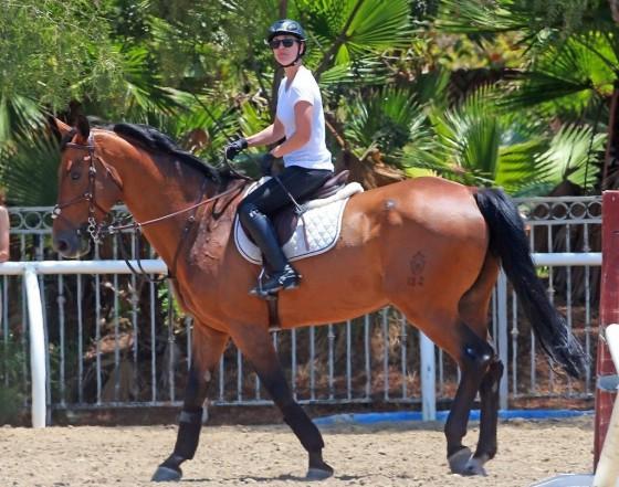 Kaley Cuoco – riding a horse in LA-22
