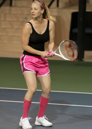 Kaley Cuoco in pink shorts -15