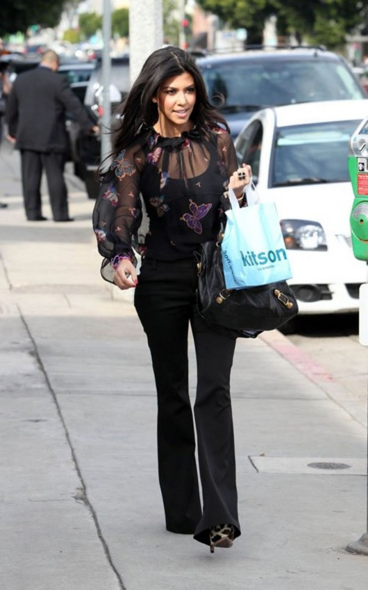 kardashian-sisters-at-the-kitson-shop-08