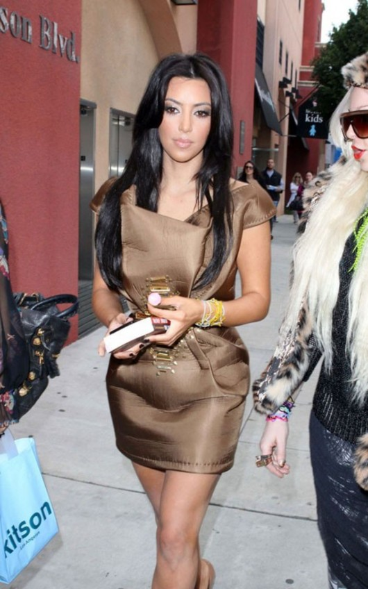 kardashian-sisters-at-the-kitson-shop-12