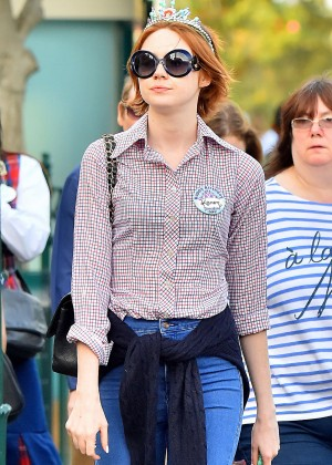 Karen Gillan In Tight Jeans At Disneyland In Anaheim