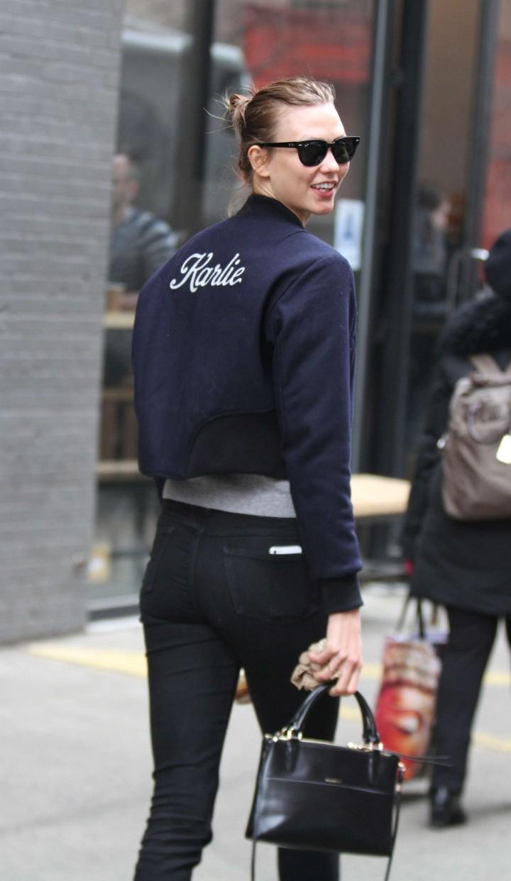 Karlie Kloss – Going to Milk Studios in NY