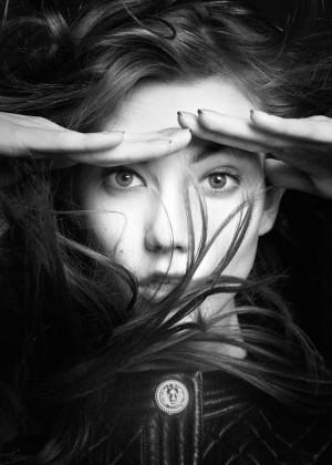 Karlie Kloss: Vogue Paris 2014 -08