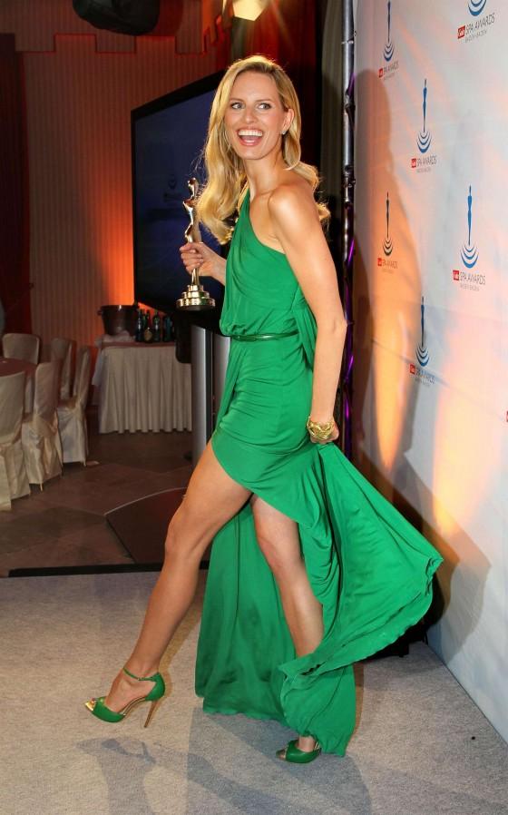 Karolina Kurkova 2012 Karolina Kurkova Legs at Gala