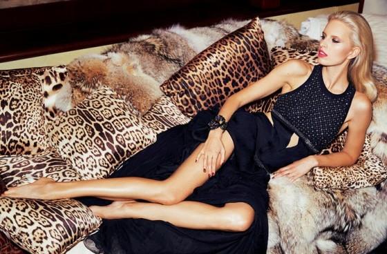 Karolina Kurkova: Madame Figaro 2013 -01