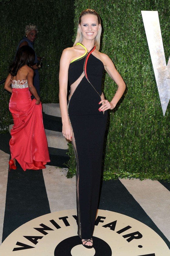 Karolina Kurkova – Oscar 2013 – Vanity Fair Party -02