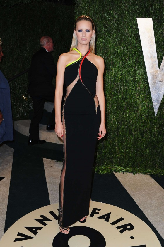 Karolina Kurkova – Oscar 2013 – Vanity Fair Party -03