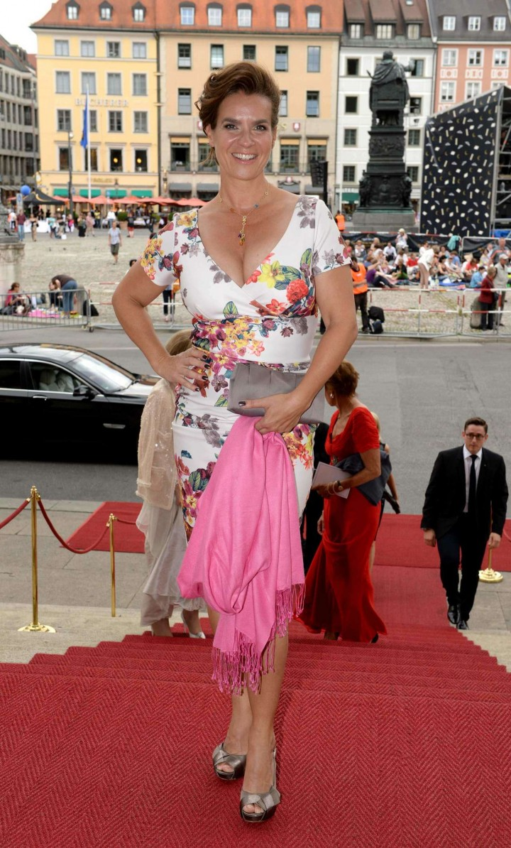 Katarina Witt opening of the Munich Opera Festival in Munich -07