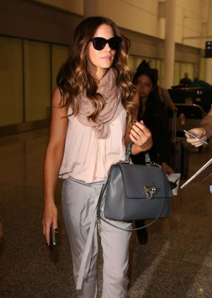 Kate Beckinsale - Arrives at Airport in Toronto