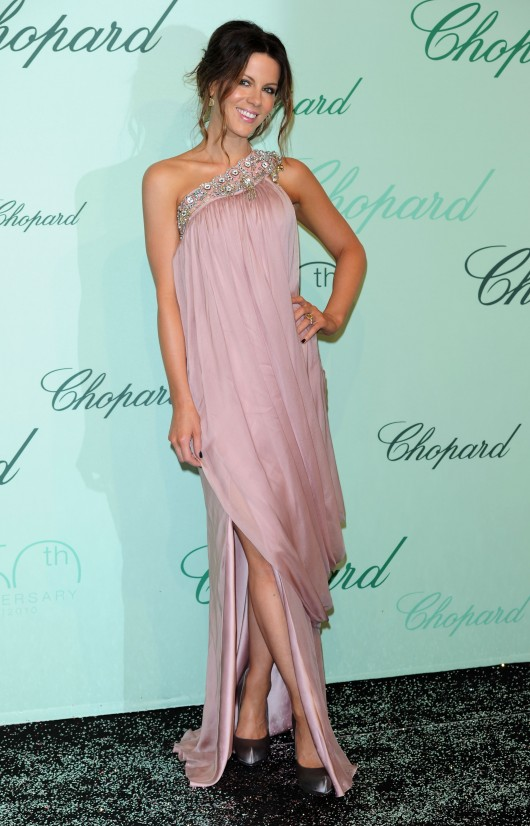 Kate Beckinsale 2010 : kate-beckinsale-at-chopard-150th-anniversary-party-in-cannes-2010-hq-19